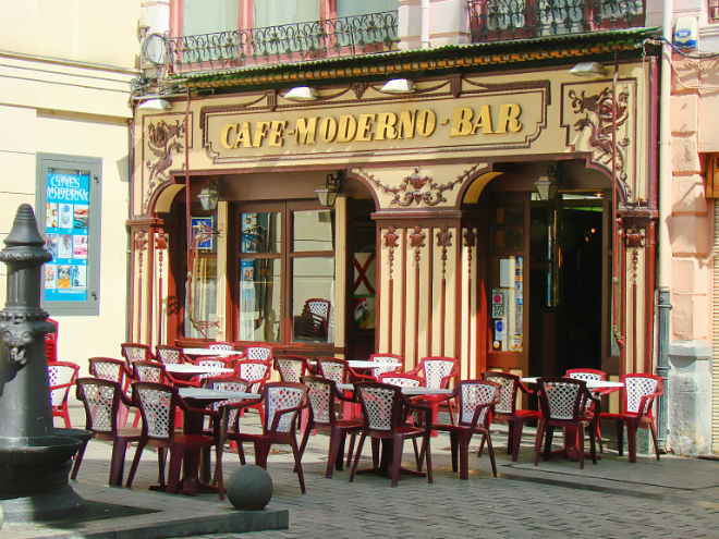 cafe moderno logrono bar