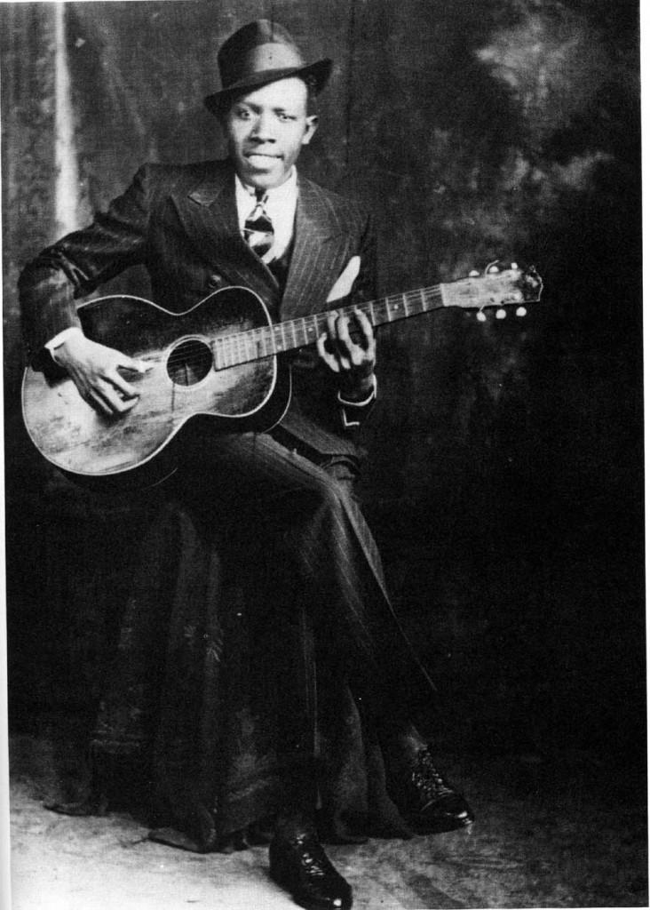 El guitarrista de blues Robert Johnson