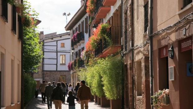 calle-ezcaray-pueblo