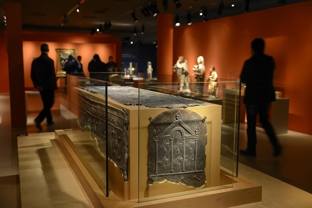 sarcofago romano plomo