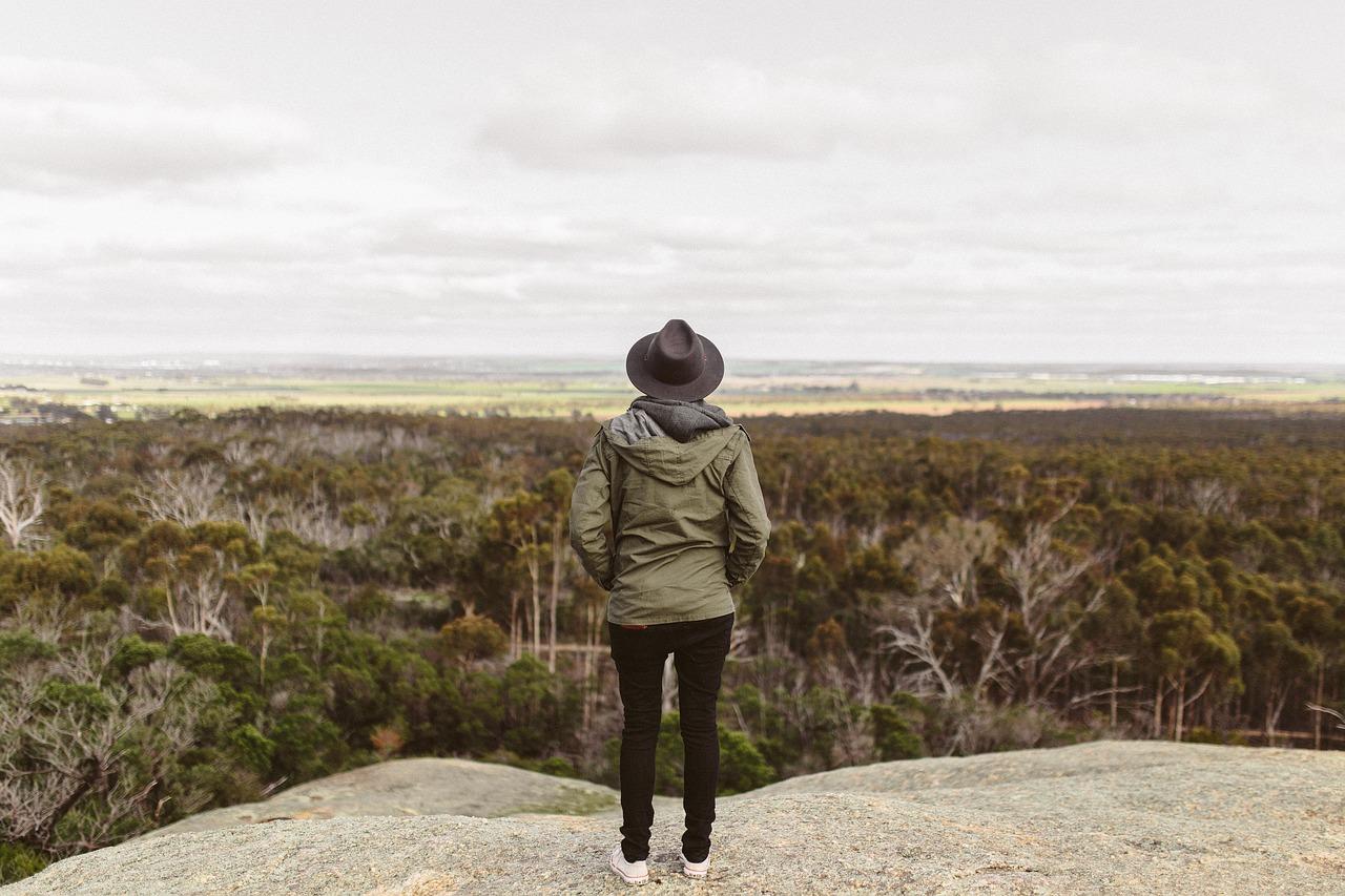 persona mirador paisaje