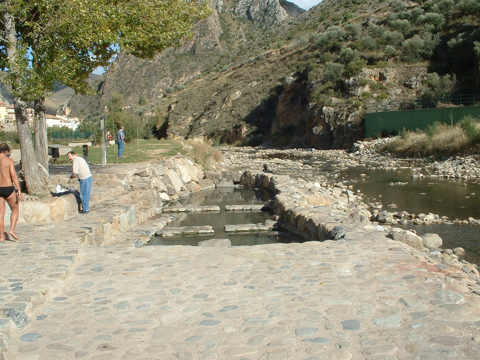 Las pozas de arnedillo termas naturales en la rioja vivanco for Termas naturales cerca de madrid