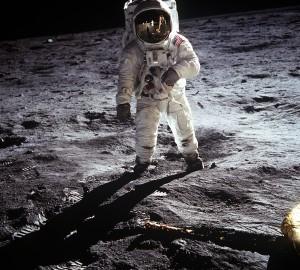 Buzz Aldrin tras el alunizaje del Apolo 11