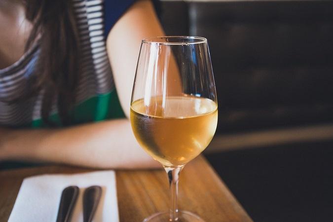 vino blanco restaurante
