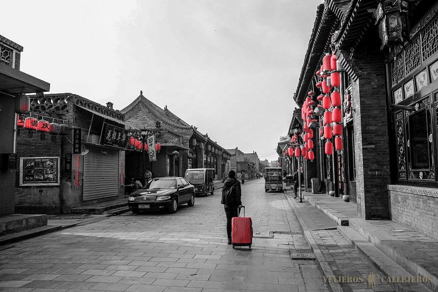 mujer malea roja asia