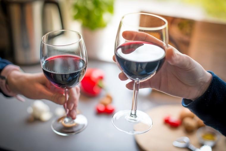 copa de vino brindis