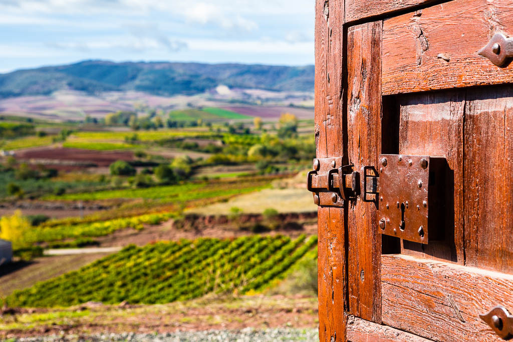 Puerta a La Rioja
