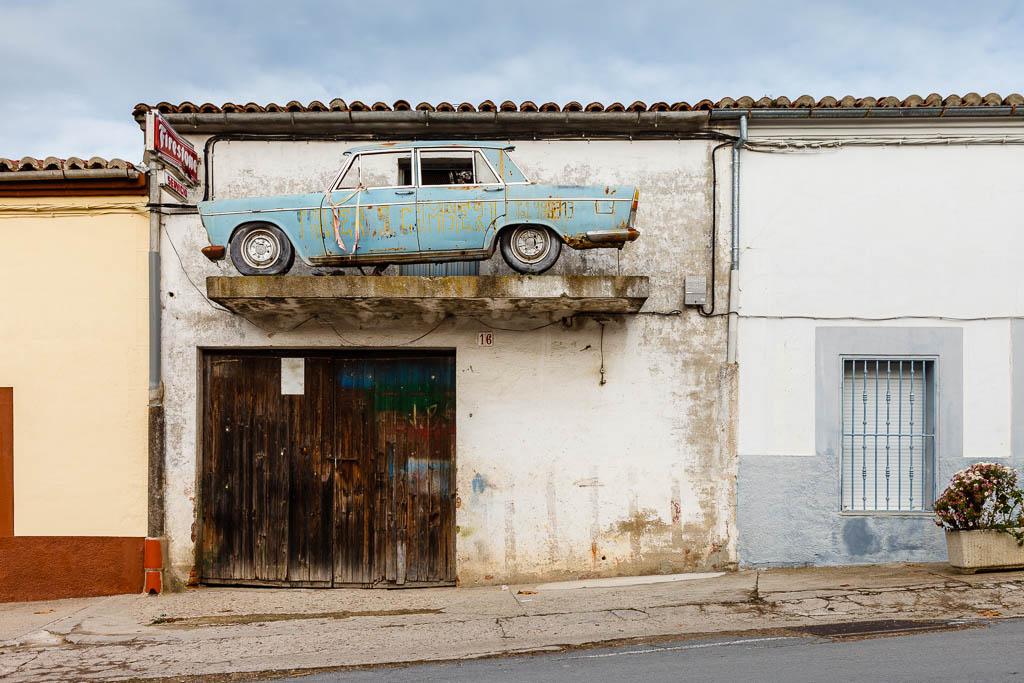 coche vintage edificio